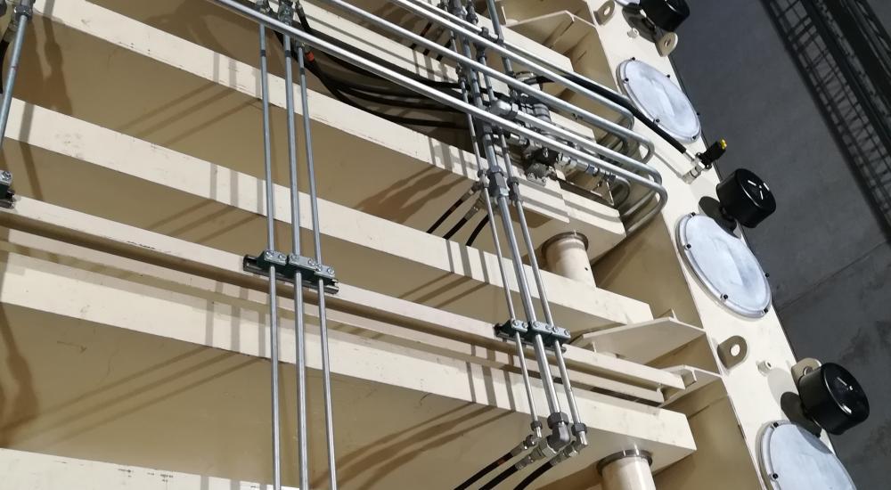Leidingswerk hydraulische pers 9000 Ton